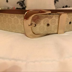 Michael Kora gold belt size medium